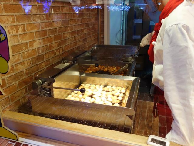 クリスマスマーケット in 光の街・博多-ヒュッテ12-2