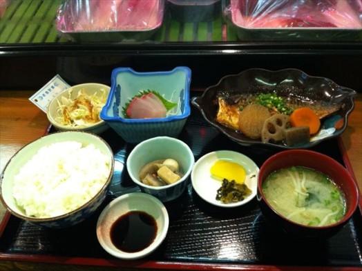味処 一魚一栄(鯖の煮付け定食)3