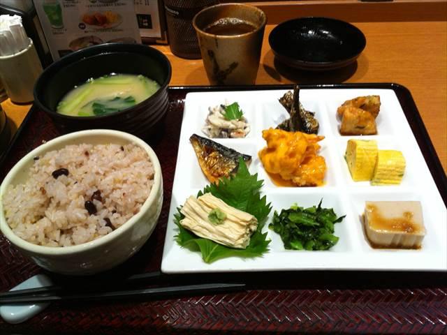博多1番街⑩定食屋 百菜 旬2