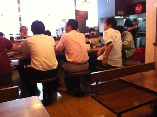 エキサイド博多⑥めん吉2