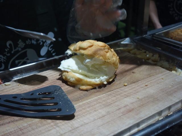 世界で2番目においしい焼きたてメロンパンアイス4