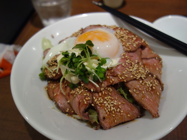 Juju 福岡パルコ店ローストビーフ丼4