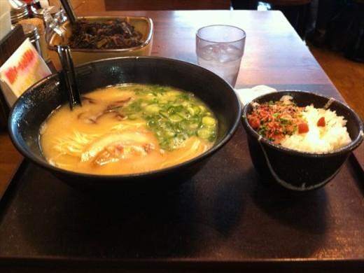 エキサイド博多⑥めん吉4