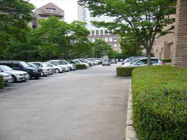 福岡市総合図書館8