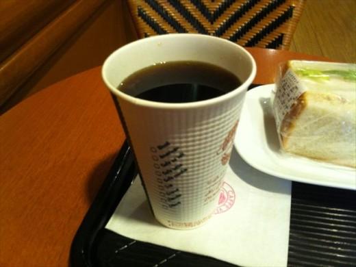 カフェ・ベローチェ6