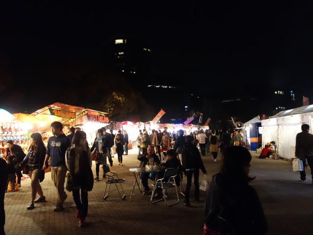福岡城さくらまつり2015(夜桜)屋台1
