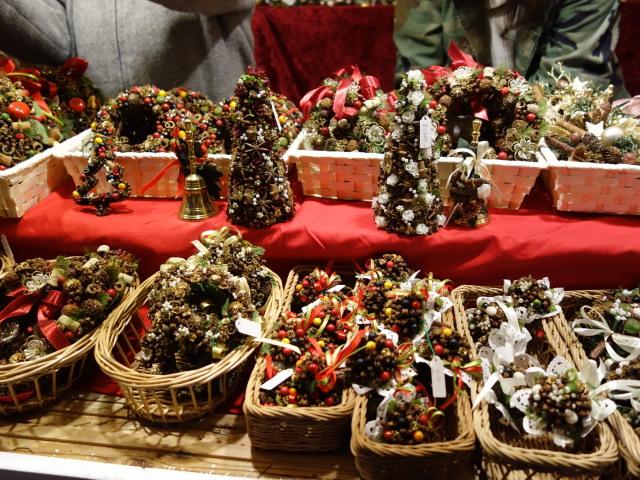 クリスマスマーケット in 光の街・博多-ヒュッテ1-2