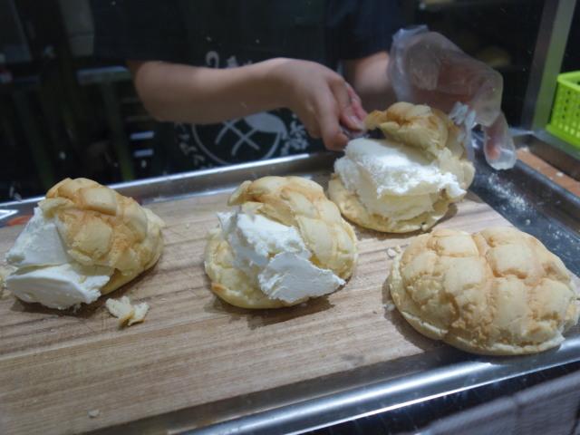 世界で2番目においしい焼きたてメロンパンアイス6