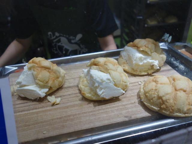 世界で2番目においしい焼きたてメロンパンアイス7
