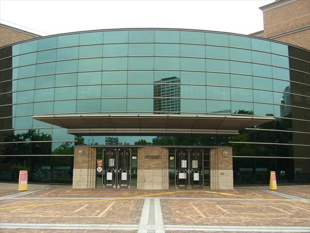 福岡市総合図書館6