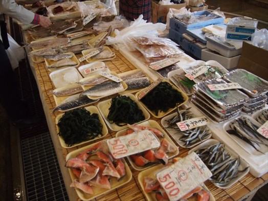 福岡市長浜鮮魚市場「市民感謝デー」291311-16