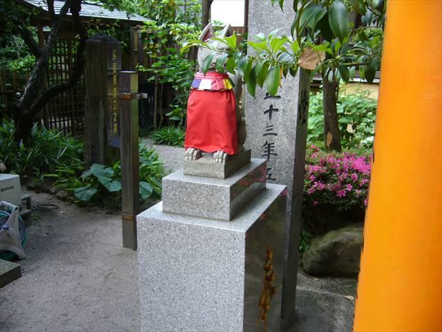 櫛田神社注連懸稲荷神社右