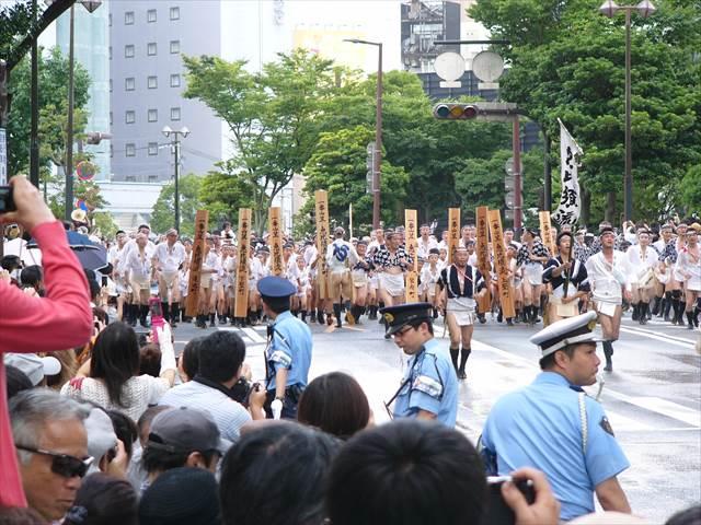 博多祇園山笠2013集団山見せ1