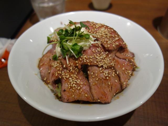 Juju 福岡パルコ店ローストビーフ丼2